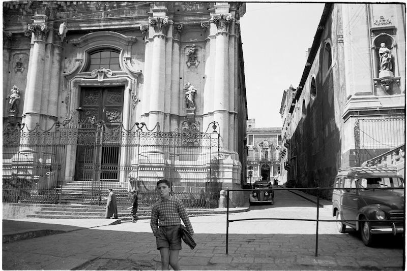 Giovanni Michelucci, Catania, 1956 – Archivio Fondazione Michelucci