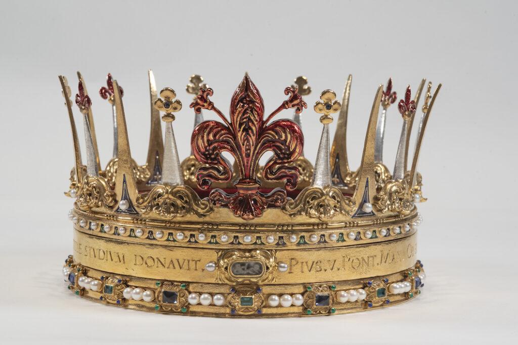 Penko firma i gioielli di Cosimo I de' Medici: la Corona