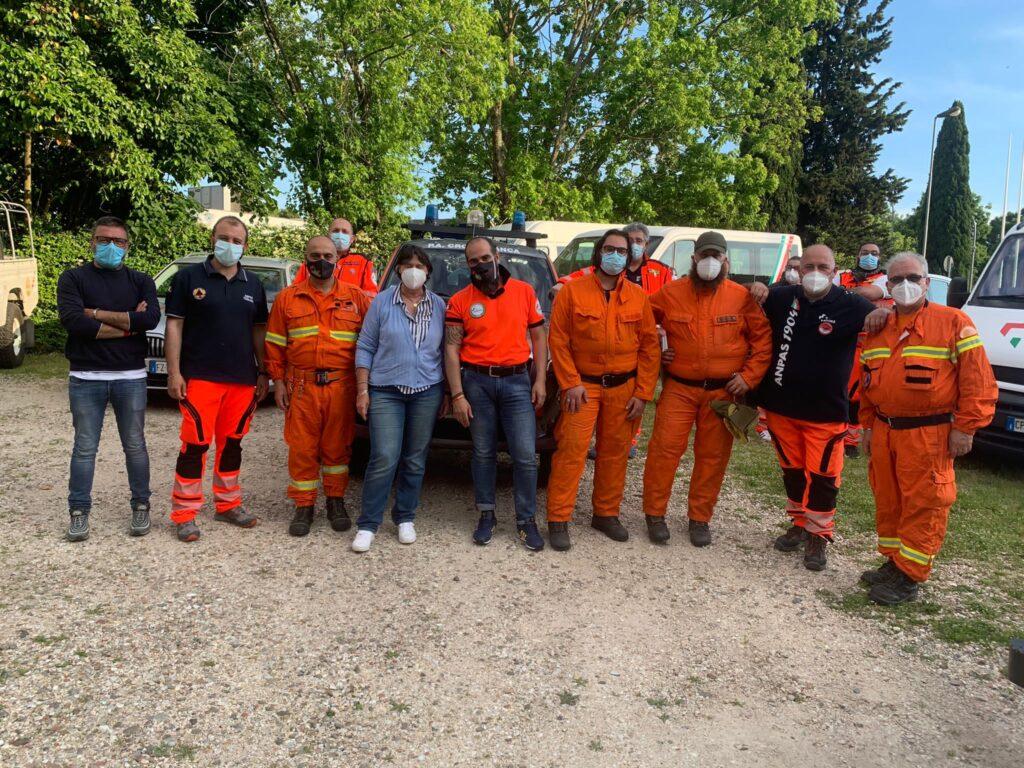 Antincendio boschivo, Anpas e Saccardi consegnano attrezzature ai volontari